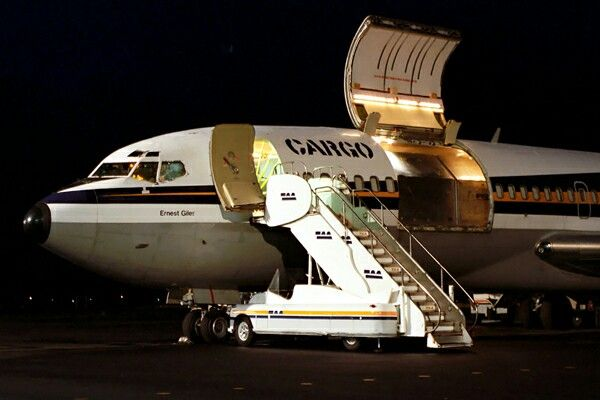TAA, Trans Australian Airlines, B727100 Freighter