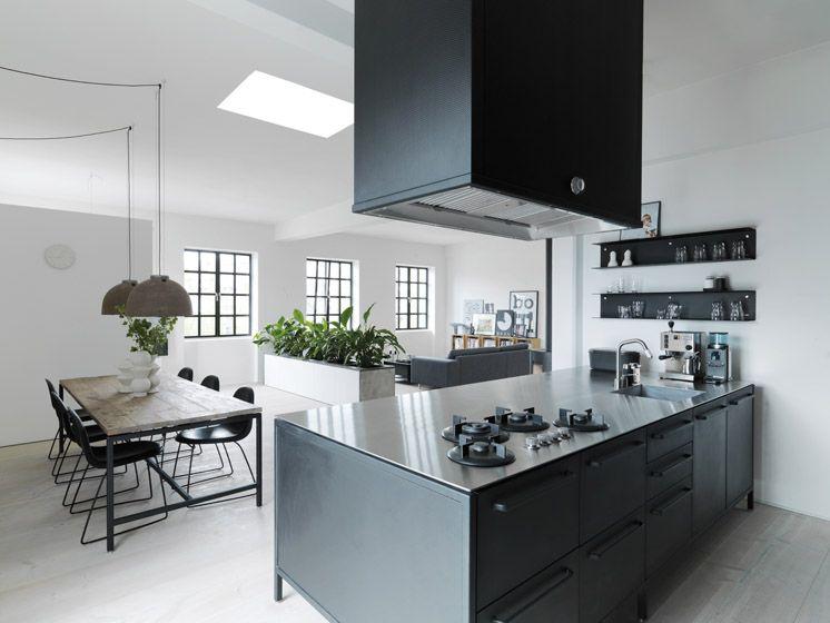 Keuken Van Vipp : Vipp copenhagen apartment morten bo jensen anders hviid