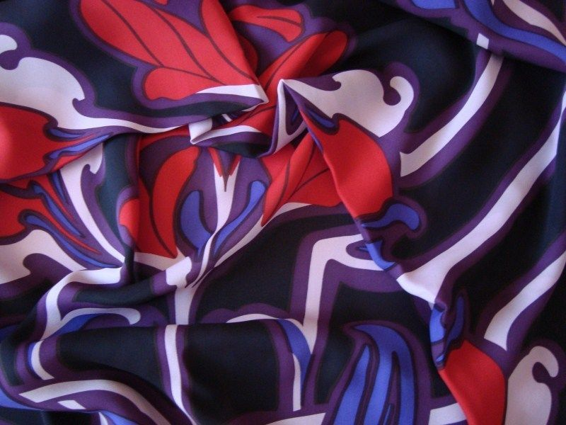 GUCCI 100% SILK FABRIC MADE IN ITALY FOR DRESS, SHIRT CM 170 X 146 #Gucci #FABRICONLY