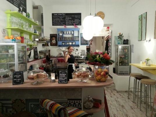 ZimtZicke Cafe und Wohnzimmer, Café und Bar in München, bietet ...