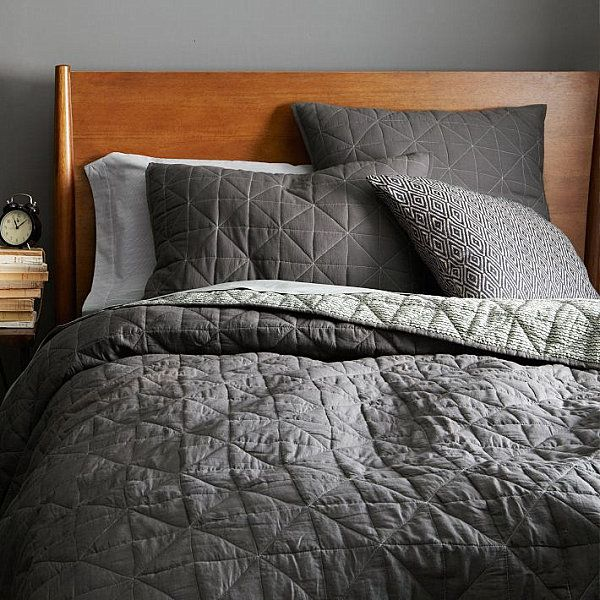 17 Fabulous Modern Bedding Finds Grey Bedding Bed Spreads Modern Bedroom