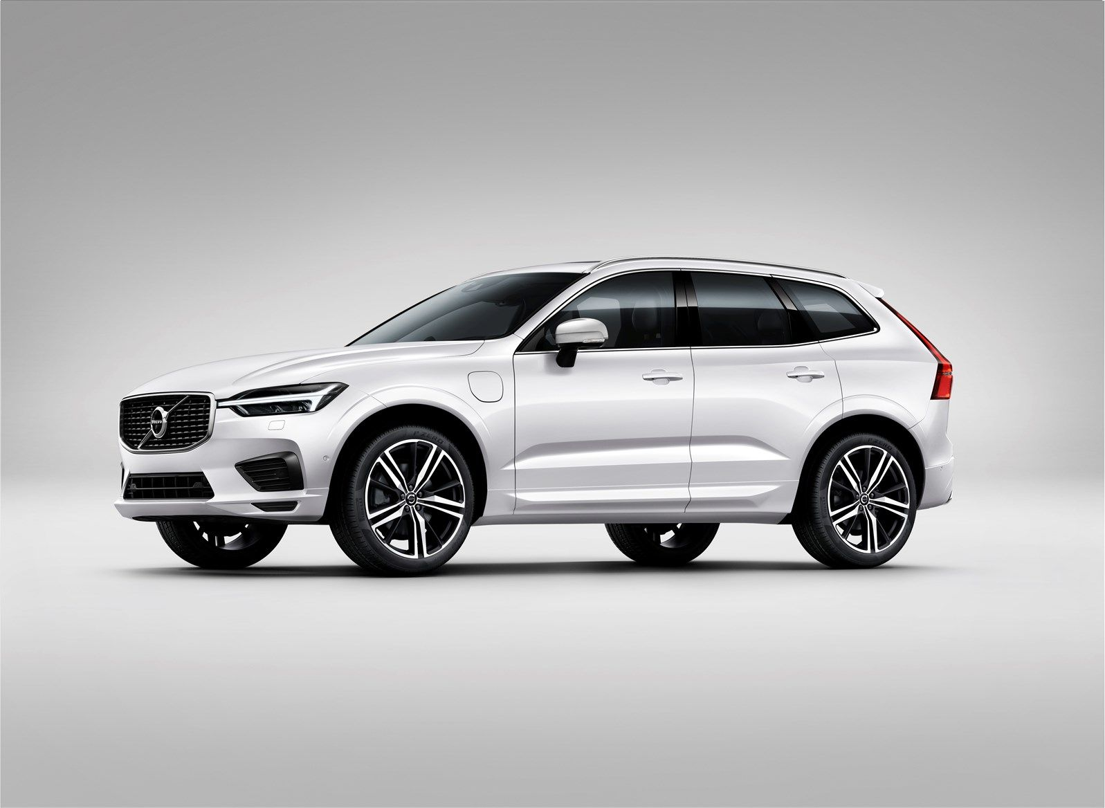 Volvo v60 cross country review 2015 parkers - All New Volvo Xc60 Cranks Up The Style Parkers