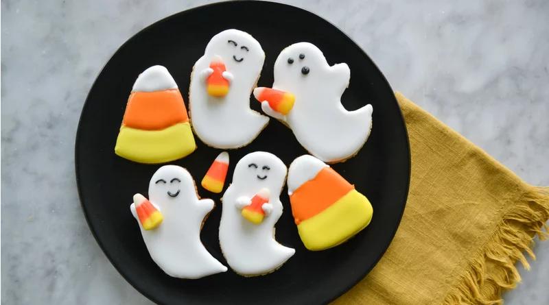 Friendly Ghost Sugar Cookies #halloweensugarcookies