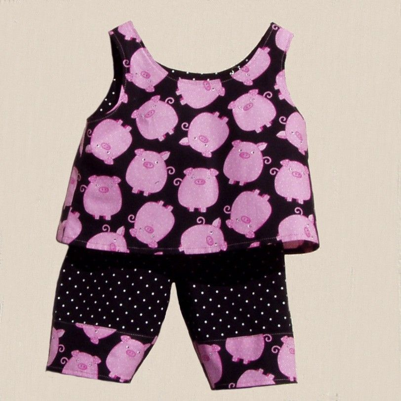 This Little Piggy 2 Piece Pant Set size 12 months by ArtsyCrafty. $22.50, via Etsy.