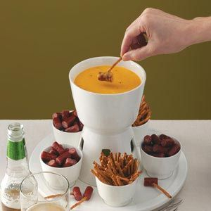 Company's coming impress them with this beer and cheddar fondue.