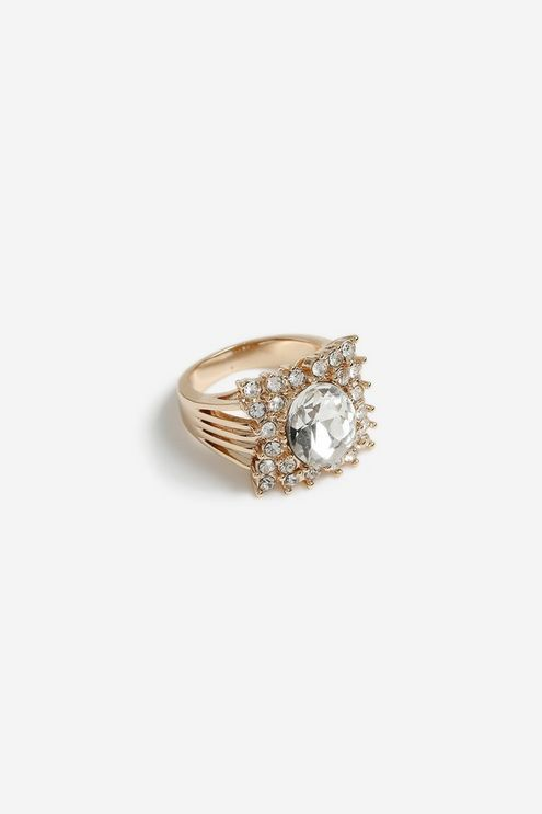 **Glam Crystal Cut Out Ring