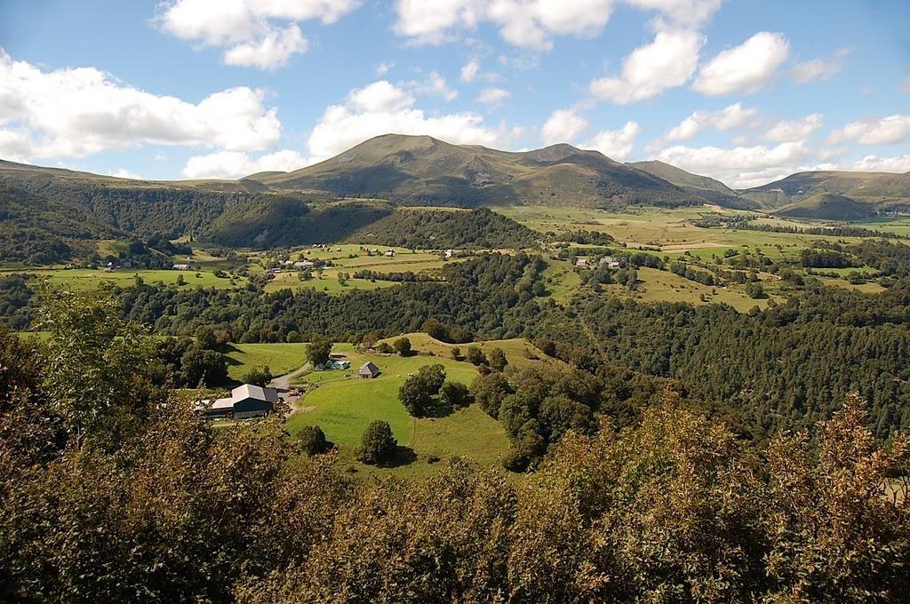 Tweet de @gcharbonnel : @BeautifulFrance Massif du #Sancy - Banne d'Ordanche - #Auvergne - #MagnifiqueFrance