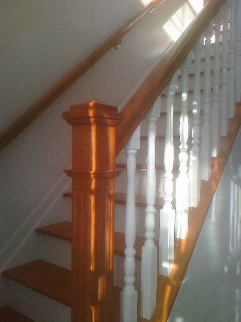 Best Two Tone Oak And White Stair Railing White Stairs 400 x 300
