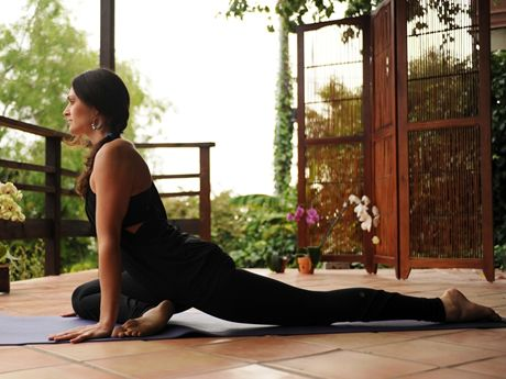 Finishing a race is a great achievement, but you're likely to head home aches all over your body. Stretch out the pain with these six yoga poses for a fast recovery.