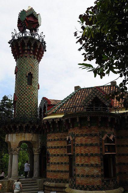 El Capricho de Gaudí - Comillas - Cantabria   Antonio ...