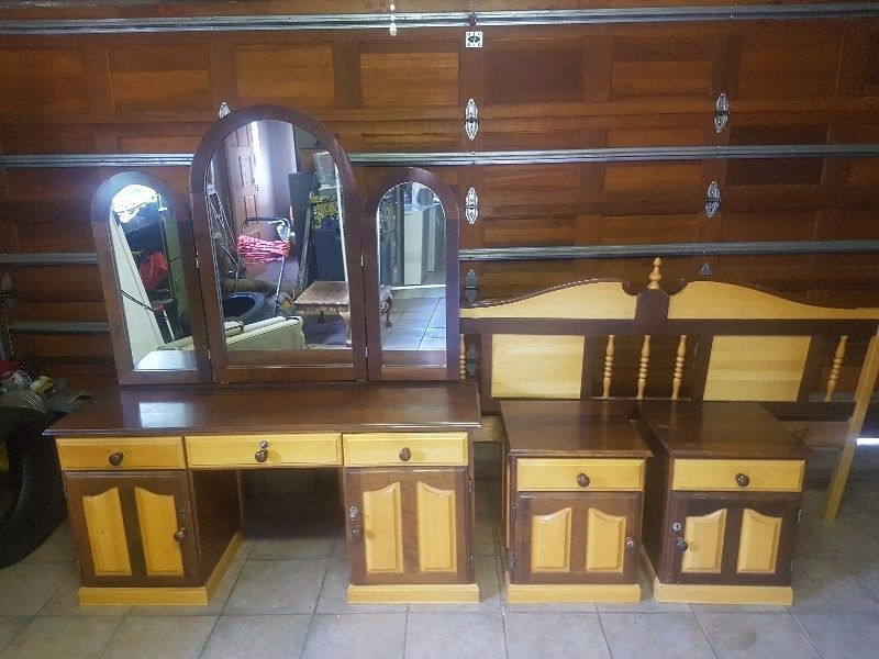 Yellow Wood And Umbuia Bedroom Set Second Hand Furniture Classic Dining Room Furniture