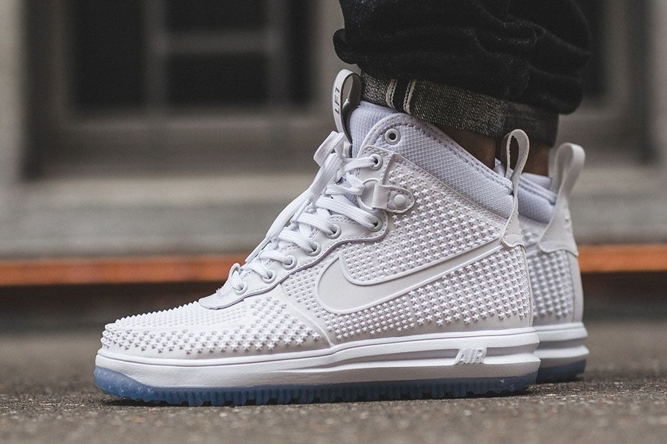 New to the Nike Sportswear sneaker-boot ranks this season is the Lunar Force  1 Duckboot.