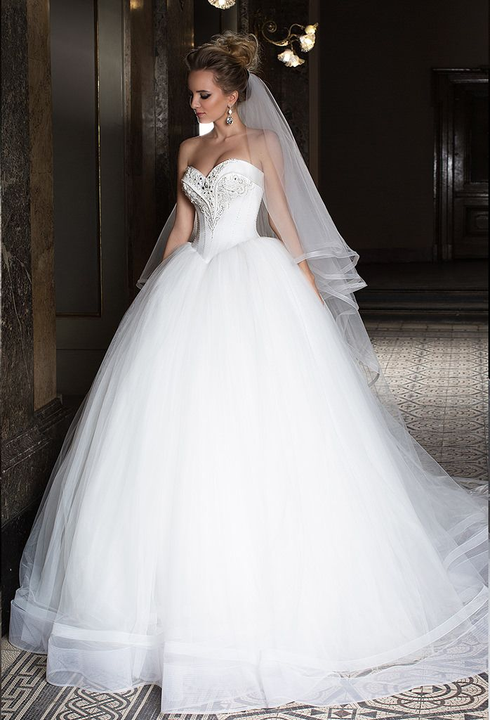 Corset ball gown wedding dress with lacing on the back. Satin bodice ...