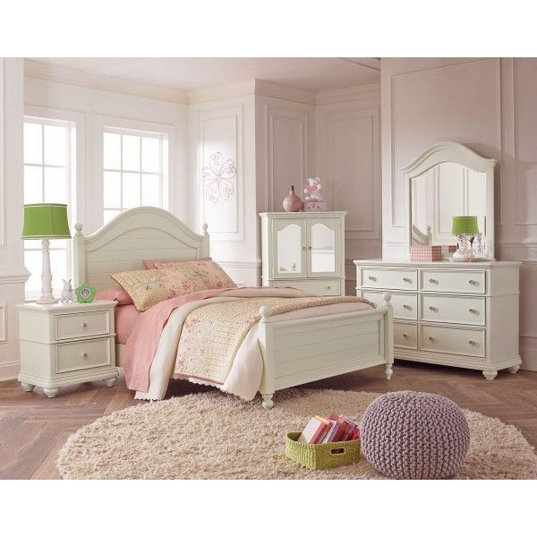 Standard Furniture Camellia Twin Poster Bed in Marshmallow by 1Stop