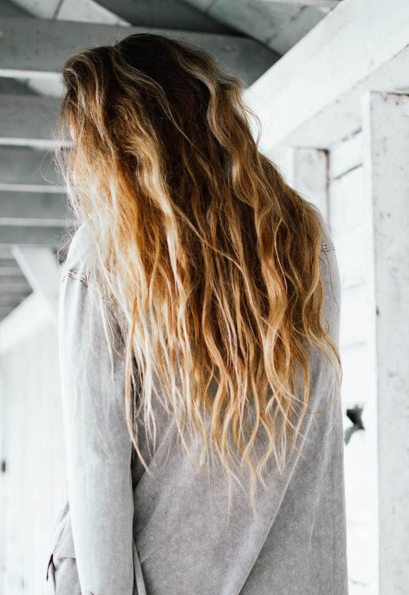 How To Air Dry Hair A Frizz And Fuss Free Guide Cabello Secado
