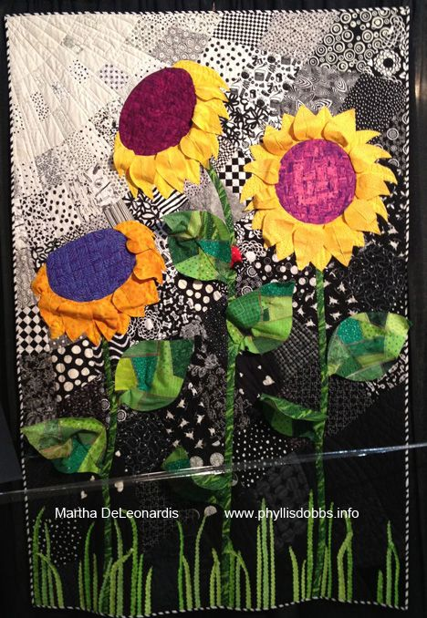 3-D Sunflowers – by Martha DeLeonardis. Design source – a vintage ... : quilt applique techniques - Adamdwight.com