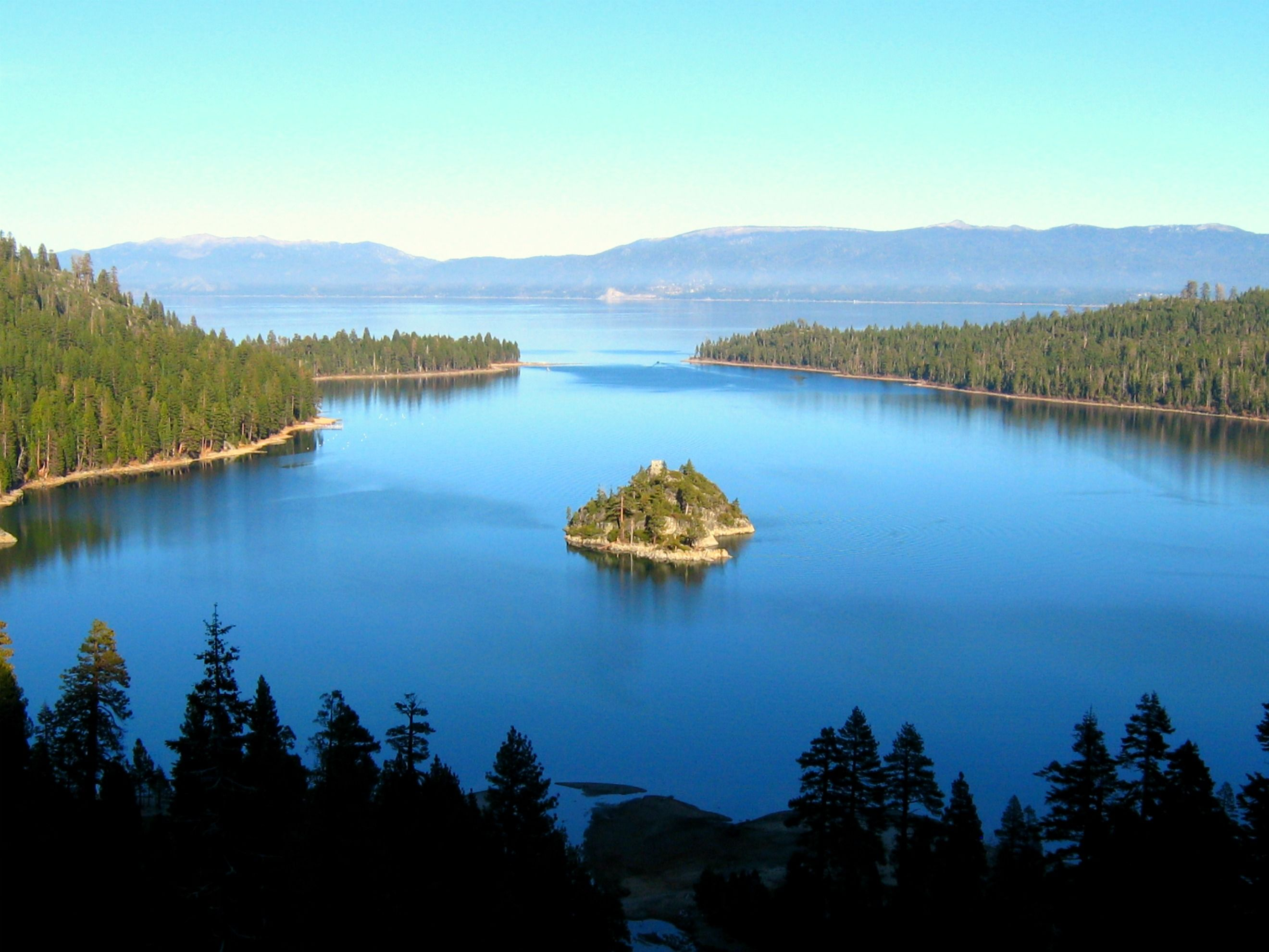 Lake tahoe sunset travel channel pinterest - Emerald Bay In Lake Tahoe Had Our Honeymoon Here And It Is Truly One Of