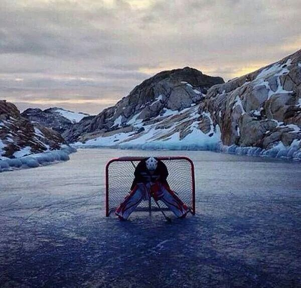 This Is Just An Amazing Picture Hockey Pictures Hockey Goalie Ice Hockey