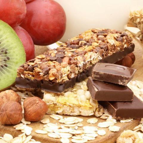 Cómo Hacer Barritas Energéticas Con Chocolate Fácil Receta Barritas Energéticas Caseras Barrita Energetica Barra De Cereal Casera