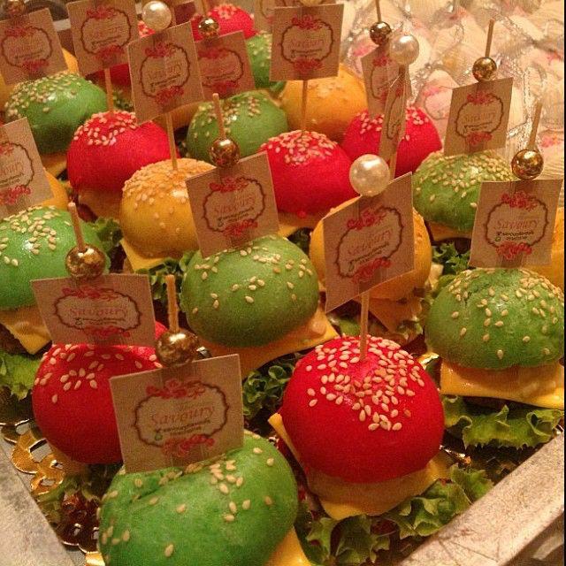 Savouryflavours1 On Instagram الدمام الخبر السعوديه الشرقيه معجنات ساندوتش طلبات مدارس جامعات منا Elegant Food Christmas Bulbs Christmas Ornaments