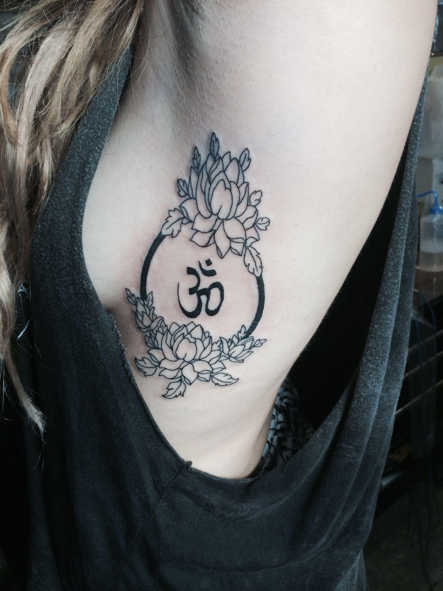 Lotus Flower Om Tattoo Things I Dig Pinterest Lotus Flower