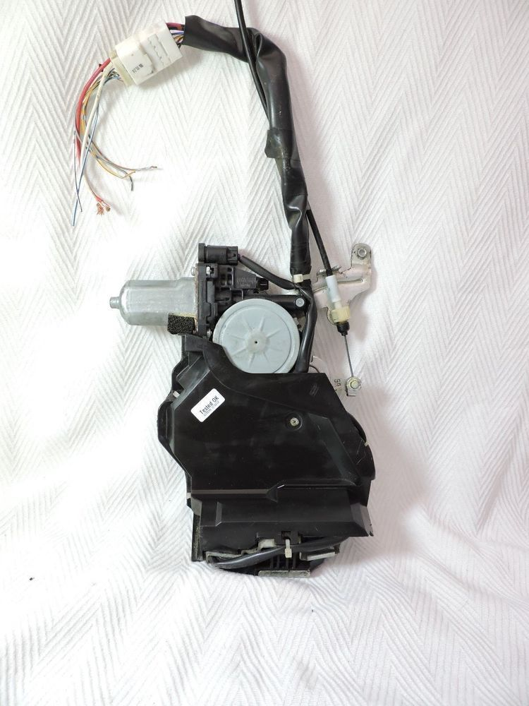 Toyota Sienna Power Sliding Door Lock 412310 10050 Passenger Right Rear 04 10 Toyota Mini Van Toyota Sienna