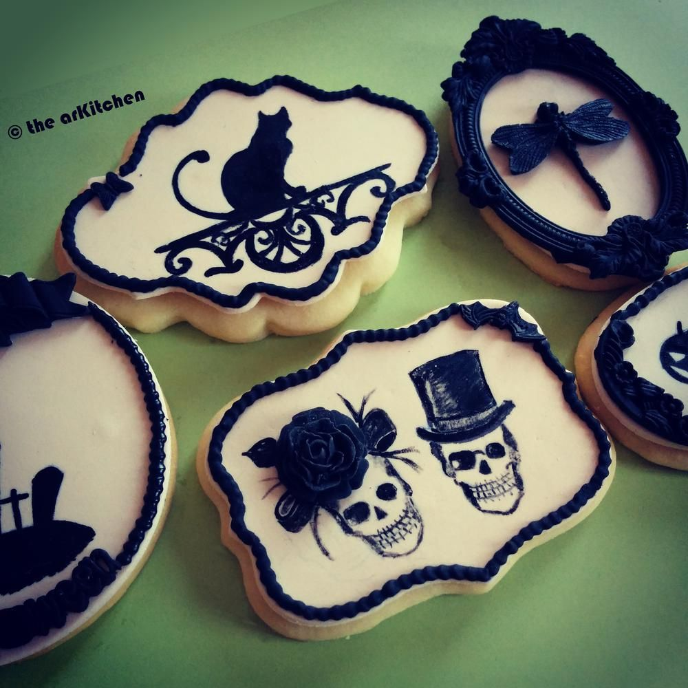 Retro Halloween Cookie Connection Halloween Cookies Pinterest - Halloween Decorated Cookies