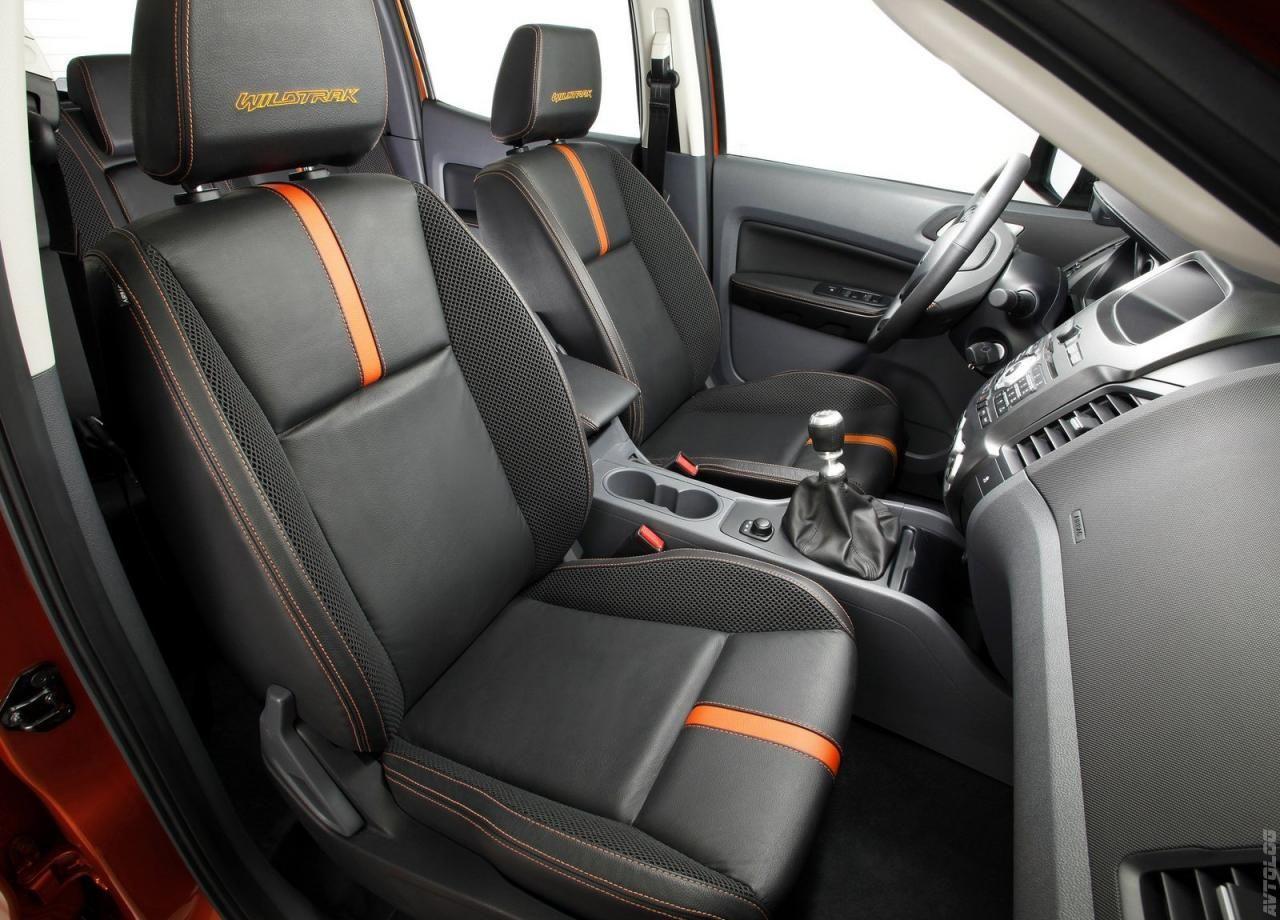 UK Custom Covers Funda para asientos delanteros de Ford Ranger/ color negro 2012-