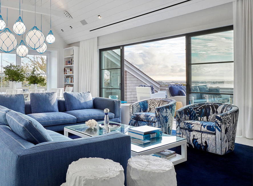 Beautiful Blue Living Room Decor With Blue Floral Armchairs And Blue Sectional Sofa Blue Living Room Decor Beach Living Room Beach House Living Room