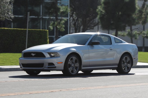 2014 ford mustang owners manual the 2014 ford mustang produces rh pinterest com 2014 ford mustang v6 premium owner's manual 2014 ford mustang v6 owners manual
