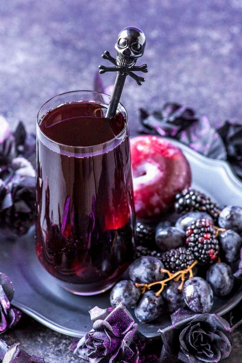 Pin von S A auf Cocktails drinks Halloween cocktails