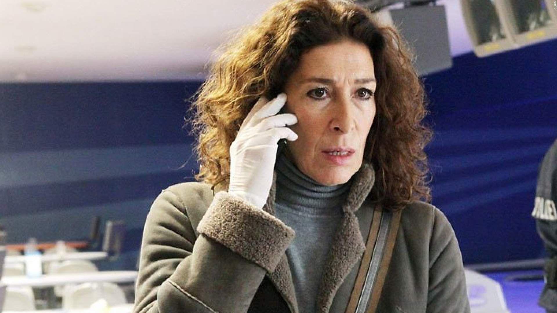 Tatort Adele Neuhauser Gesteht Ich War Voller Traurigkeit
