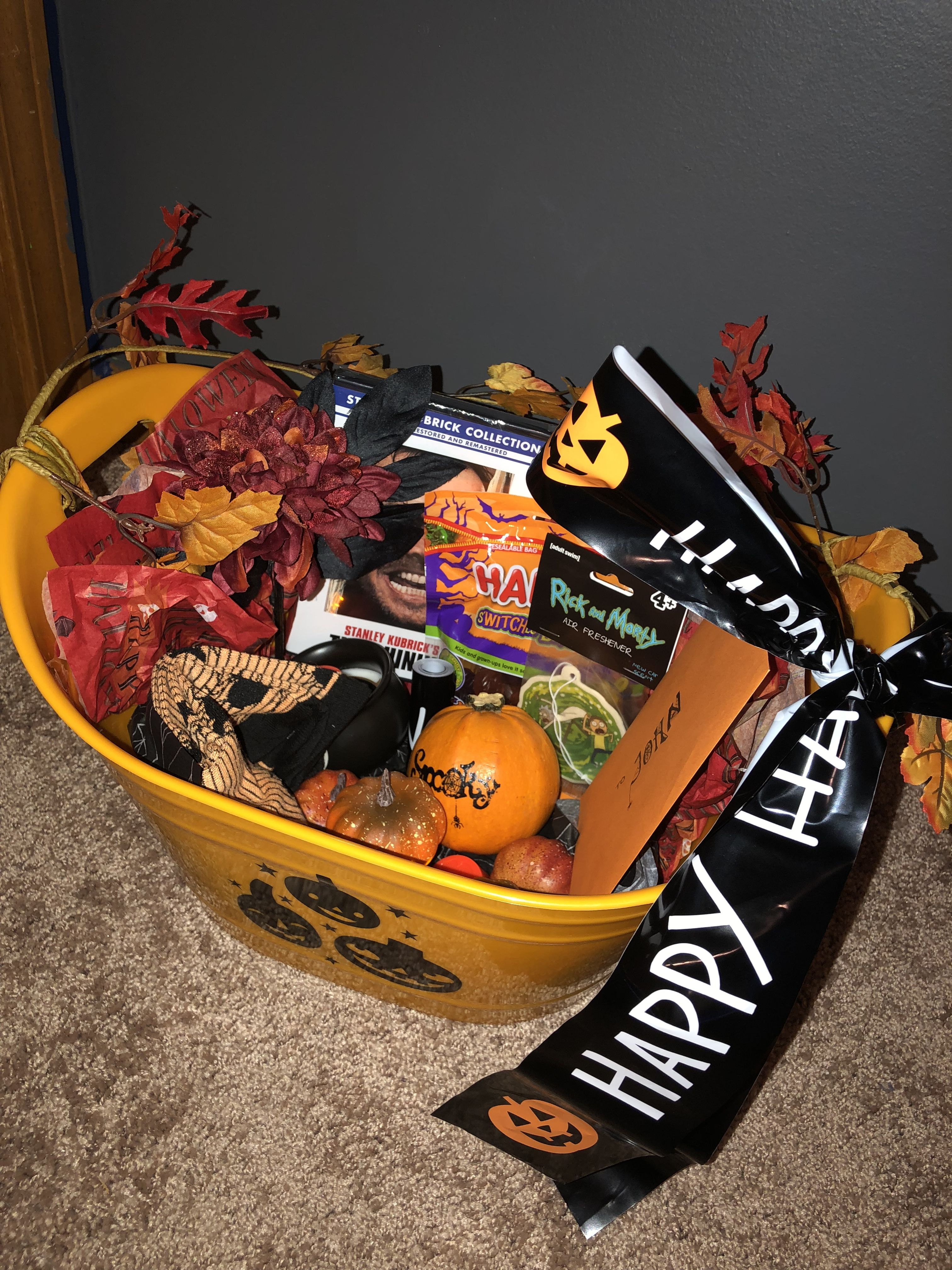 Halloween gift ideas for adults