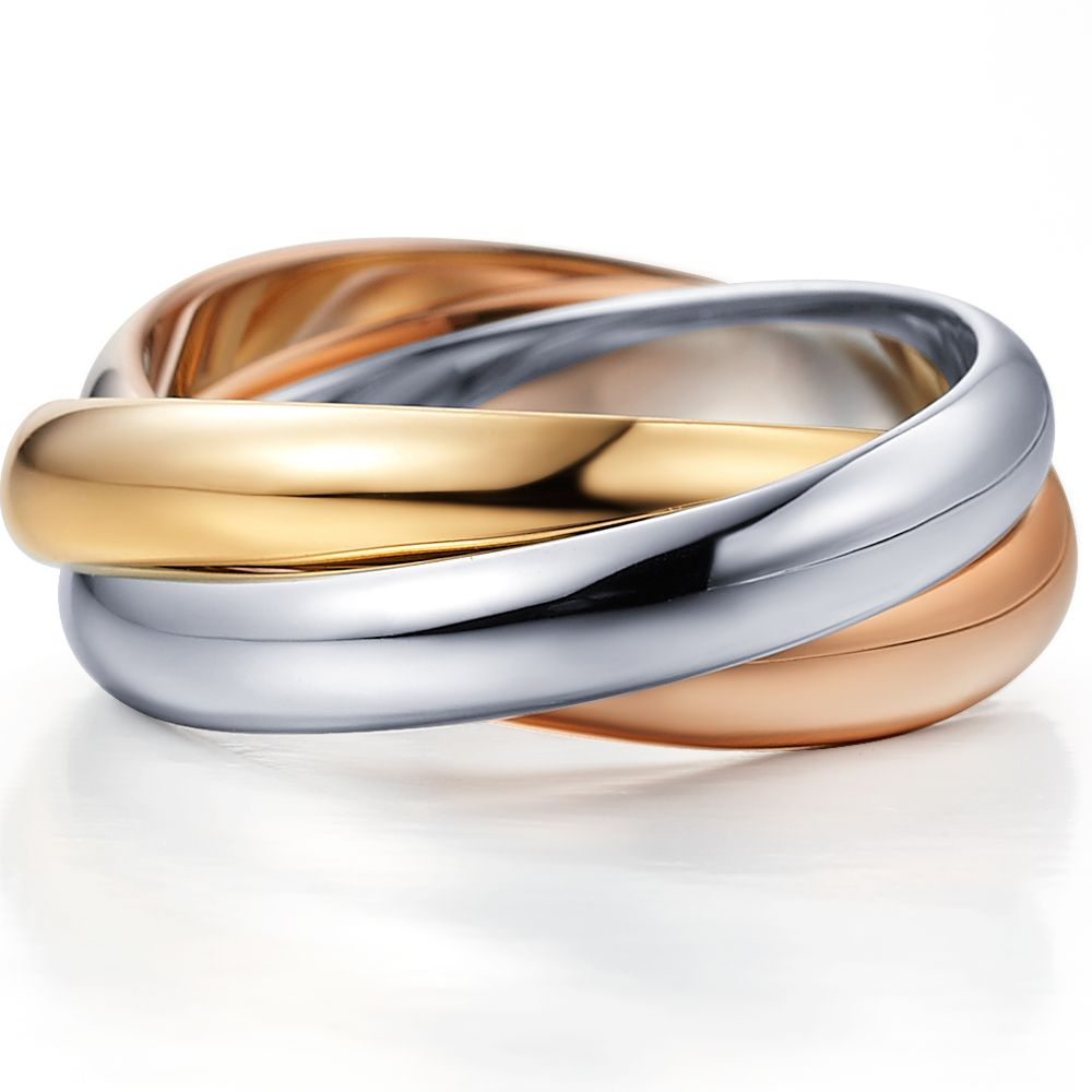 The Russian wedding ring by La Vivion consist of 3 different colours