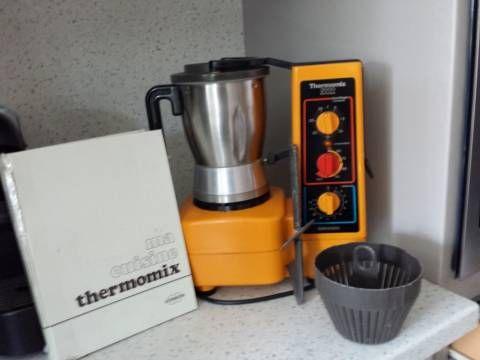 simple robot chauffant thermomix de vorwerk anne ucbr ue en parfait tat de marche with thermomix. Black Bedroom Furniture Sets. Home Design Ideas