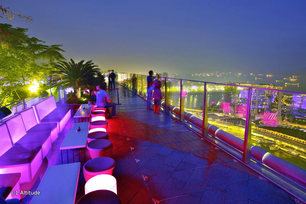 1 Altitude Bar In Singapore World S Highest Alfresco Bar Singapore Travel Singapore Bar Singapore