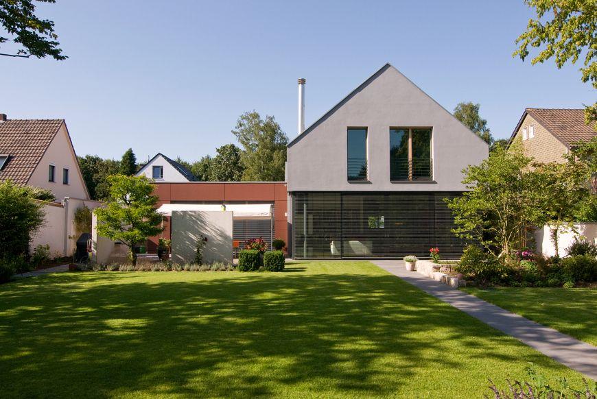Graue Häuser ansicht aus dem garten haus f keine graue maus architektur