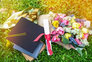صور تخرج 2021 رمزيات مبروك التخرج Graduation Decorations Graduation Images Graduation Pictures