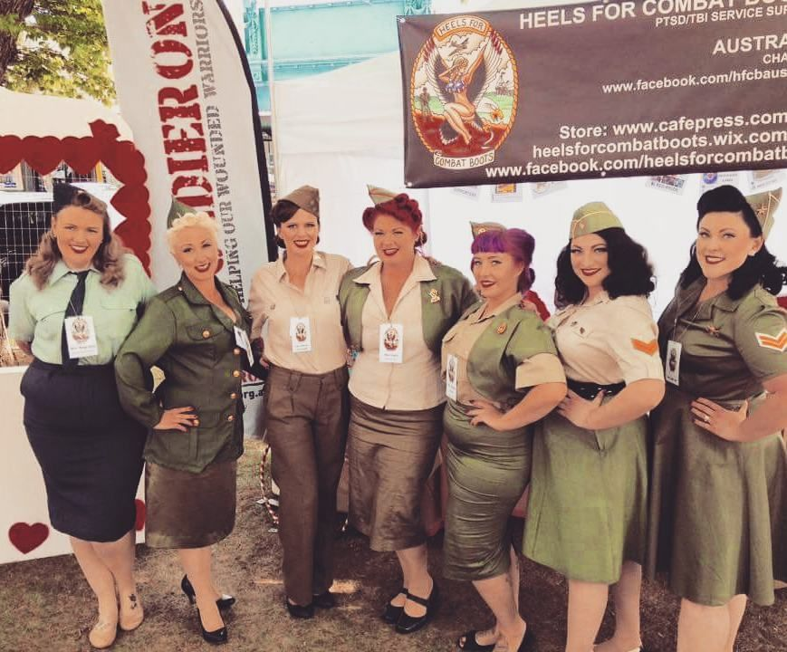 Costumi Da Bagno Pin Up Outlet : The stunning girls from heels for combat boots pin up