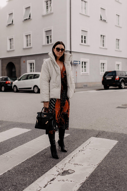 Mein festliches Winter Outfit mit Kleid, Overknees und ...