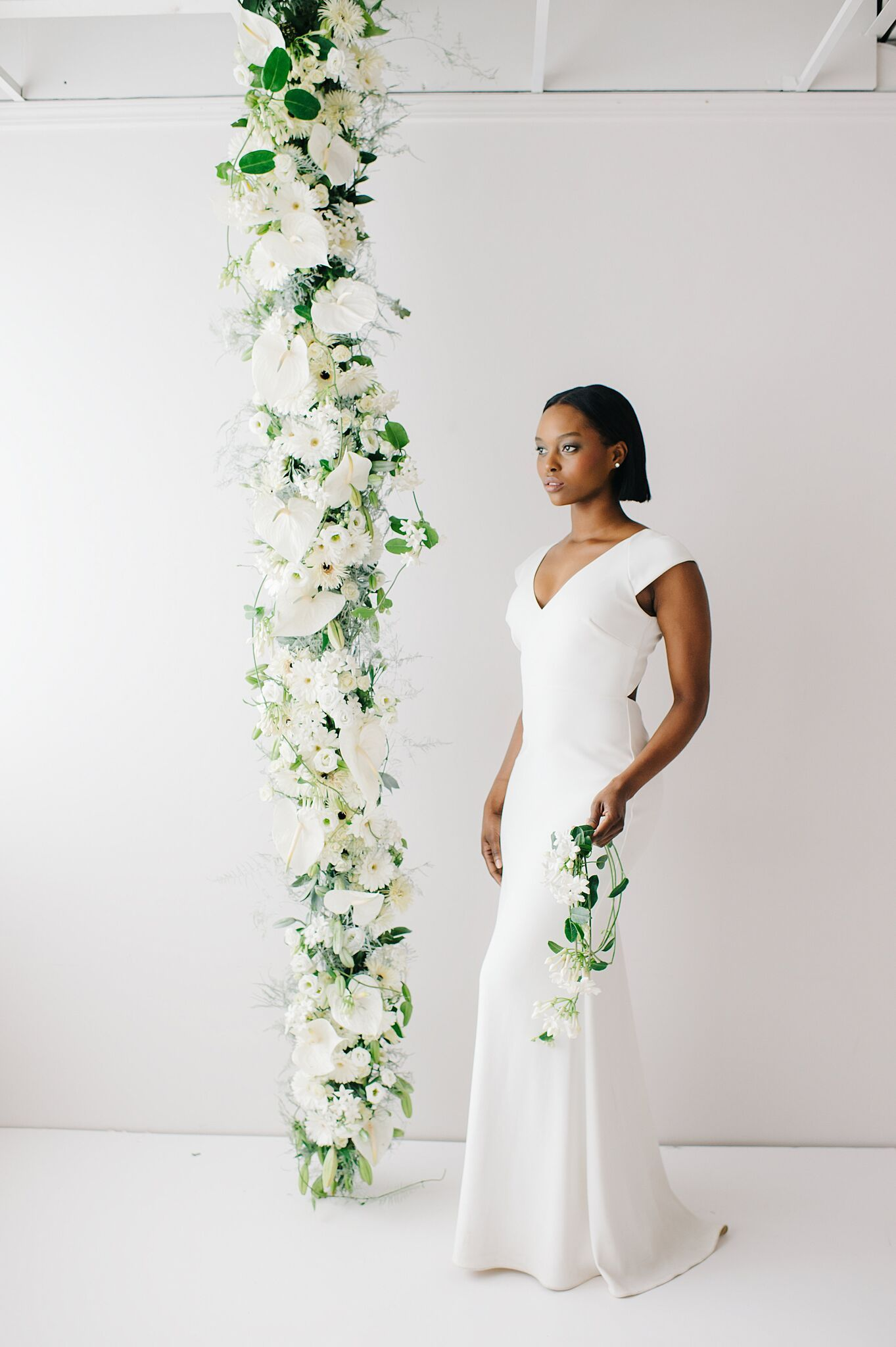 Learn How To Make This Design And More Www Passionflowersue Com Floral Design Floral Design Classes Modern Wedding Flowers