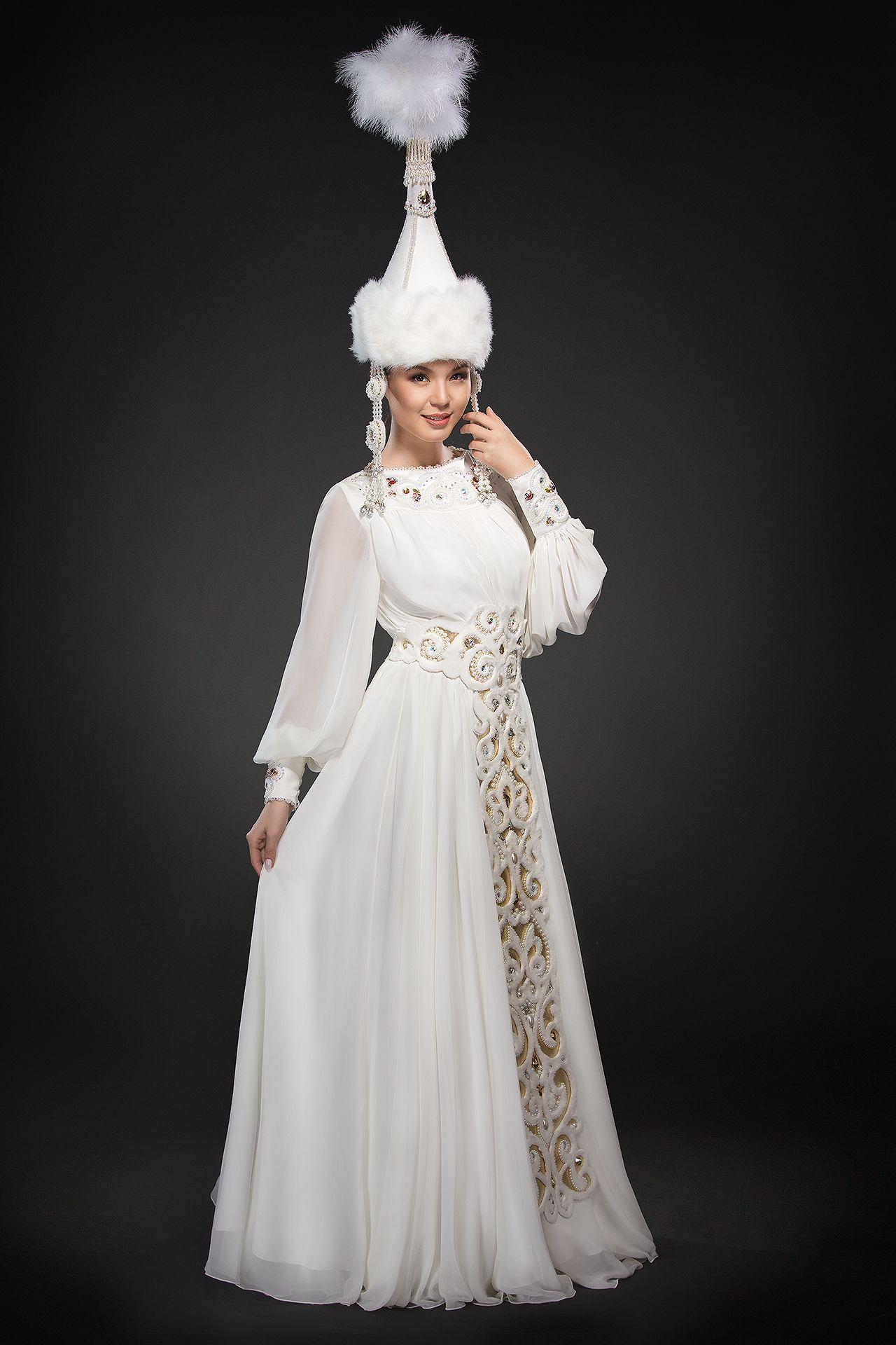 8941723c08ddec5 Салон казахских свадебных платьев. Купить платье на узату. Прокат платьев на