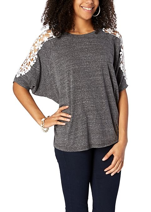 I love crochet laced shirts! I want this for my closet!!