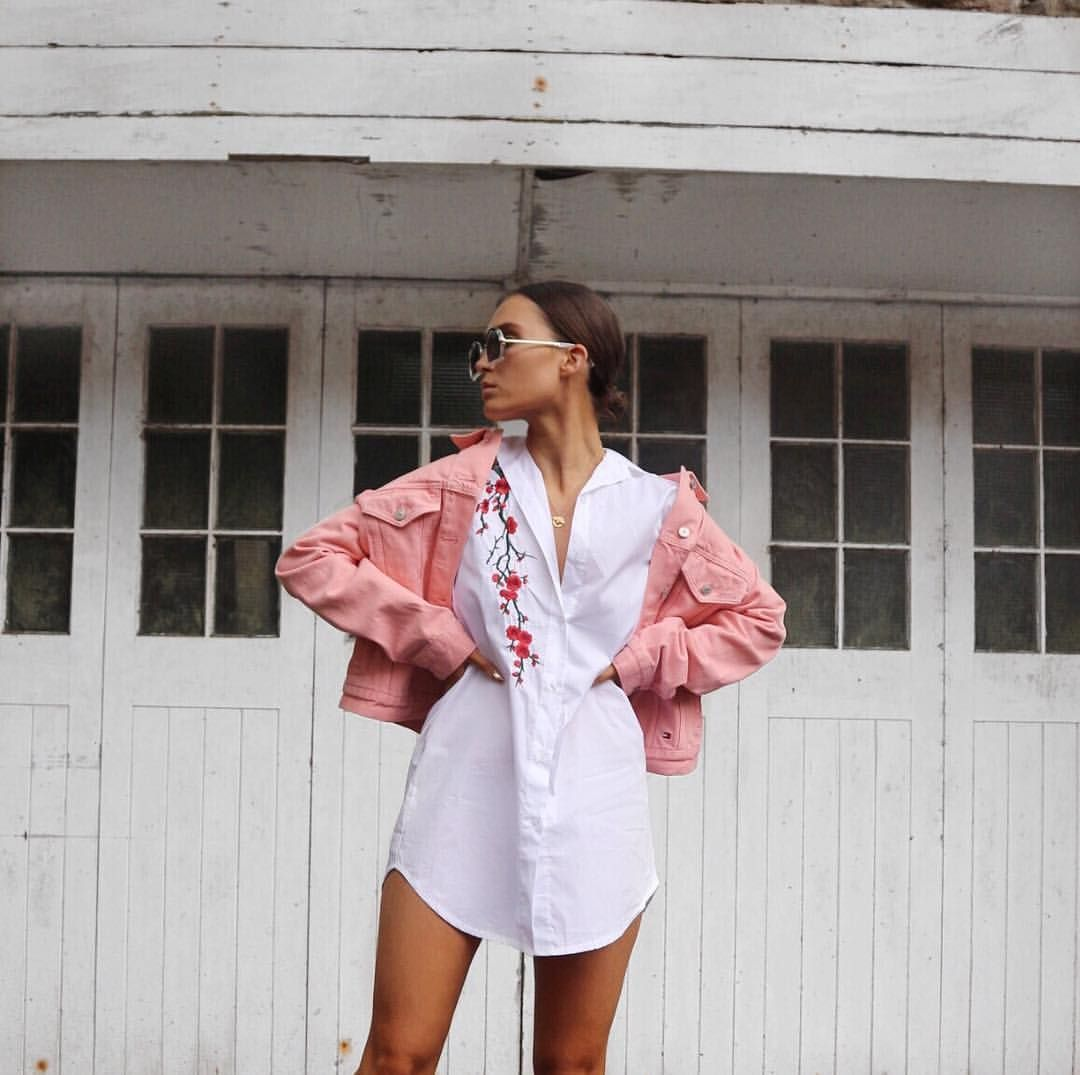 "5,460 likerklikk, 37 kommentarer – Alicia Roddy (@lissyroddyy) på Instagram: ""Florals and denim  shirt from @misspap use code LISSY15"""