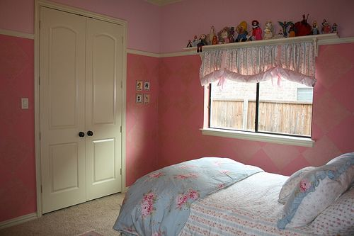Painting a Room for Young Girls. Painting a Room for Young Girls   Room ideas  Room and Shelves