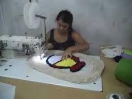 Resultado de imagem para artesanato tapete de tecido costurando na maquina de costura passo a passo
