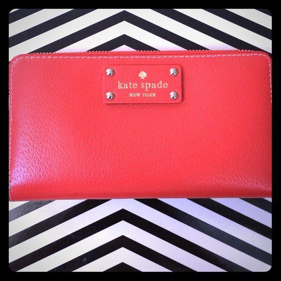 Selling this Kate Spade Hot Chili Pepper Wellesley in my Poshmark closet! My username is: elleashleyelle. #shopmycloset #poshmark #fashion #shopping #style #forsale #kate spade #Handbags