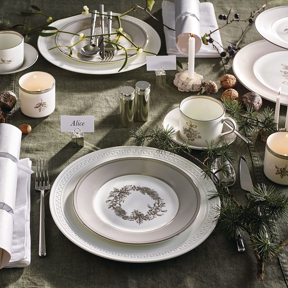 Wedgwood Christmas Plates 20cm Set Of 4 Wedgwood Australia Christmas Plates Plate Sets Salad Plates