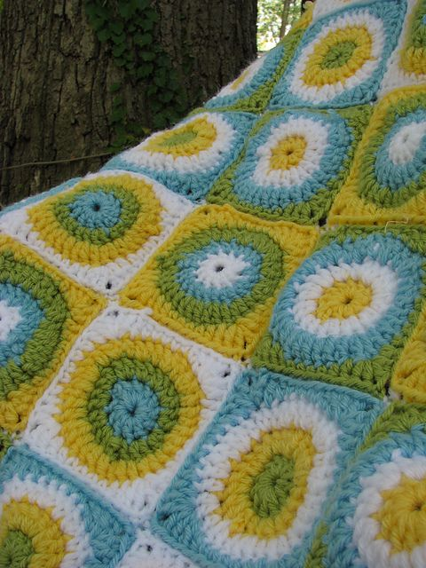 Ravelry: Project Gallery for Circle-in-a-Square pattern by Olivia ...