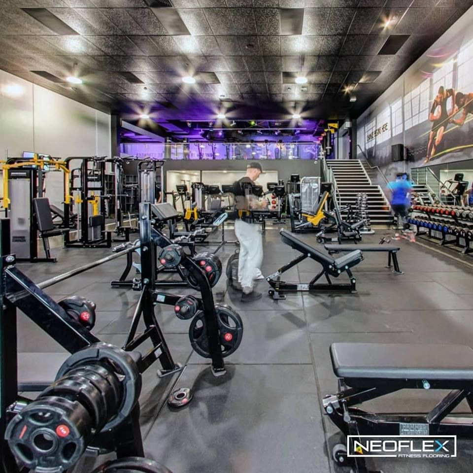Neoflex Premium Gym Tiles At Flex Fitness Manukau In New Zealand Thanks To The Team At Advance Flooring Gym Flooring Gym Flooring Rubber Floor Workouts
